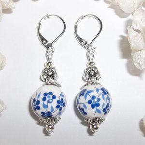 Blue & White Flower Earring Set Jewelry NWT 4534